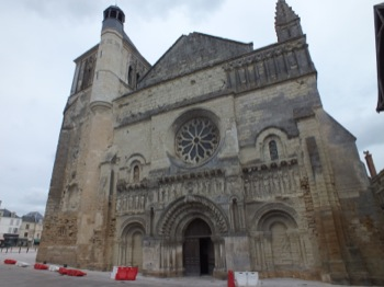 Thouars church