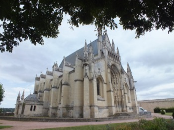Thouars another church