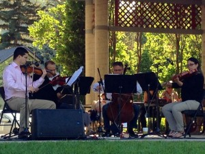 Monday evening free cultural overdose with a Beethoven string quartet.