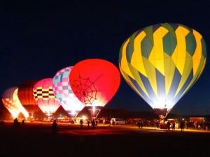 Balloomenshow in Taos.