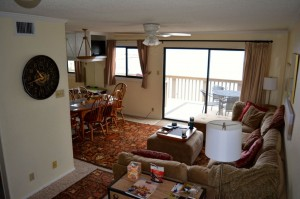 Open plan lounge, dining, kitchen and balcony in our new home for the next two weeks.