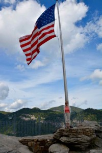Flag at top of Chimney rock. Yes it's a big one. Unlike the UK they're proud to fly it.