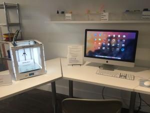 3D Printer and iMac