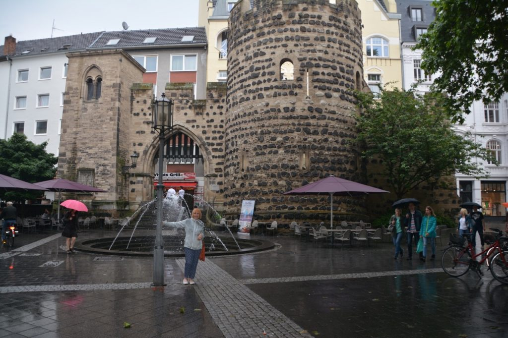 Singing in the rain in Bonn
